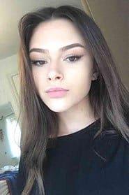 Selfie of woman with brown hair